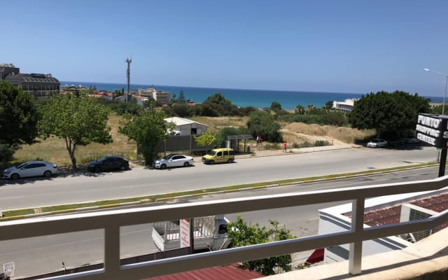 Spacious Apartment in Side (3 minutes to beach)
