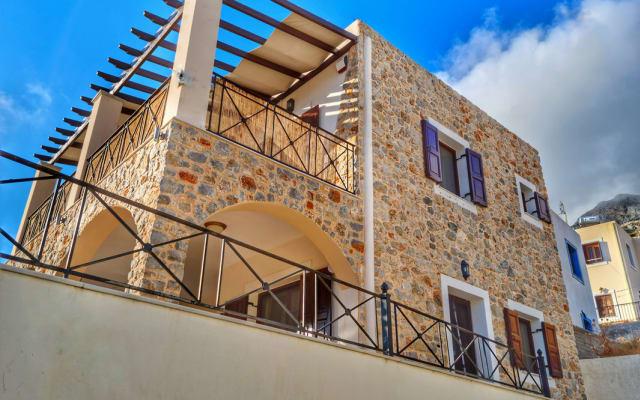 Kalymnos Holiday Home, Spacious, Modern. Sleeps 6