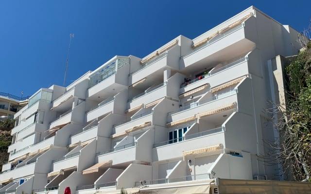 Nice & cosy studio apartment, first line beach @ Bajondillo beach