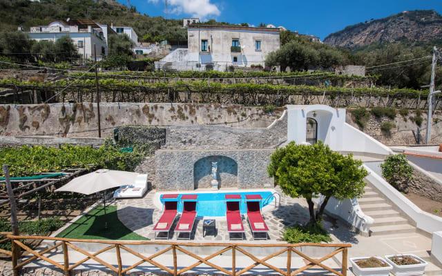 Villa Virginia -no steps -private pool-free WiFi
