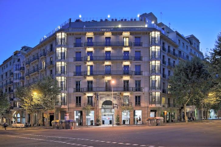 Barcelona gay hotel axel