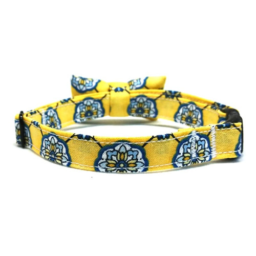 Summer Florals collar with bowtie for cats and small dogs