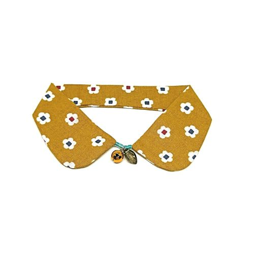 Brassica Decorative Collar