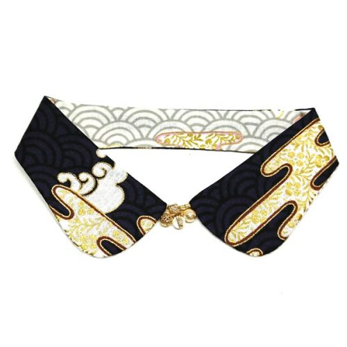 Waves Reversible Decorative Collar