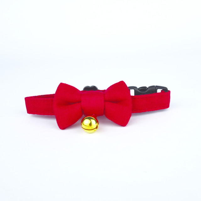 Camellia cat collar with bowtie and bell