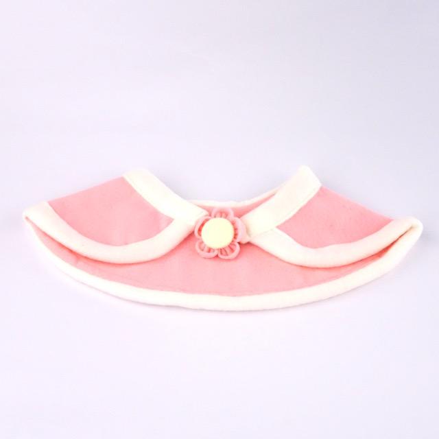 White_n_pink_cape_-_1_n8qe5o