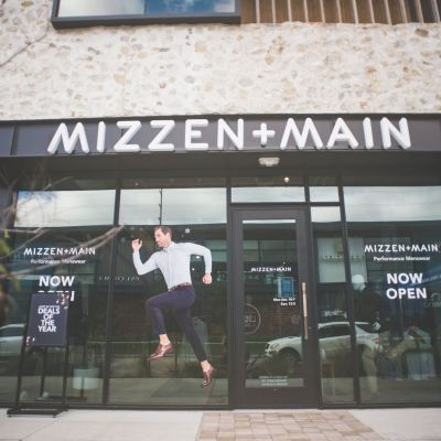 The Mizzen+Main storefront at The Heights.