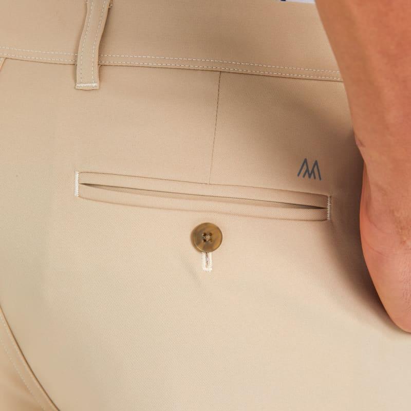 Baron Shorts - Sand Solid, lifestyle/model