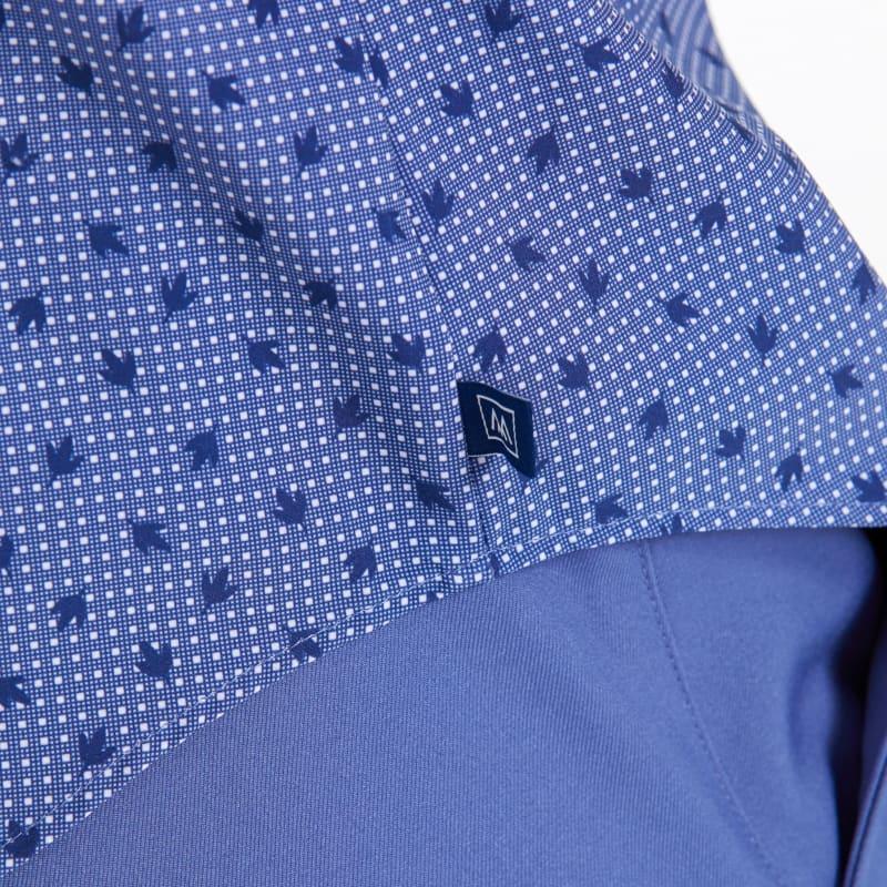 Leeward Short Sleeve - Navy Leaf DotPrint, lifestyle/model