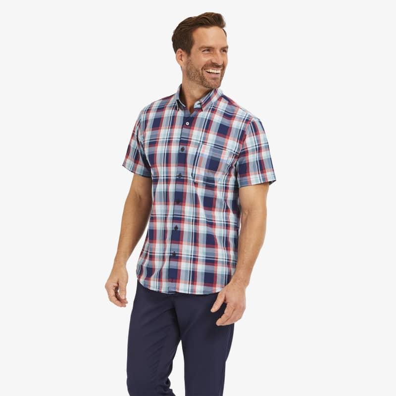 Leeward Short Sleeve - Navy And RedMadras, lifestyle/model