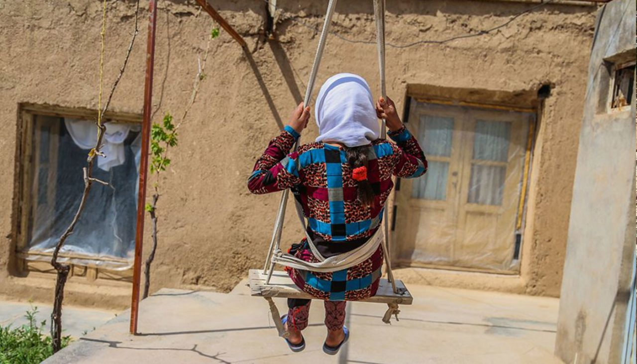 Khatema, 9, fights against her own child marriage