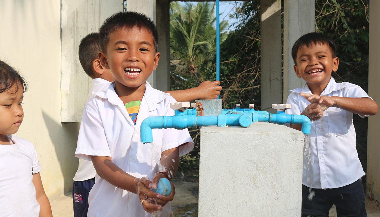 Hand-washing in Koh Andaet