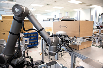 collaborative robot packaging, loading and unloading