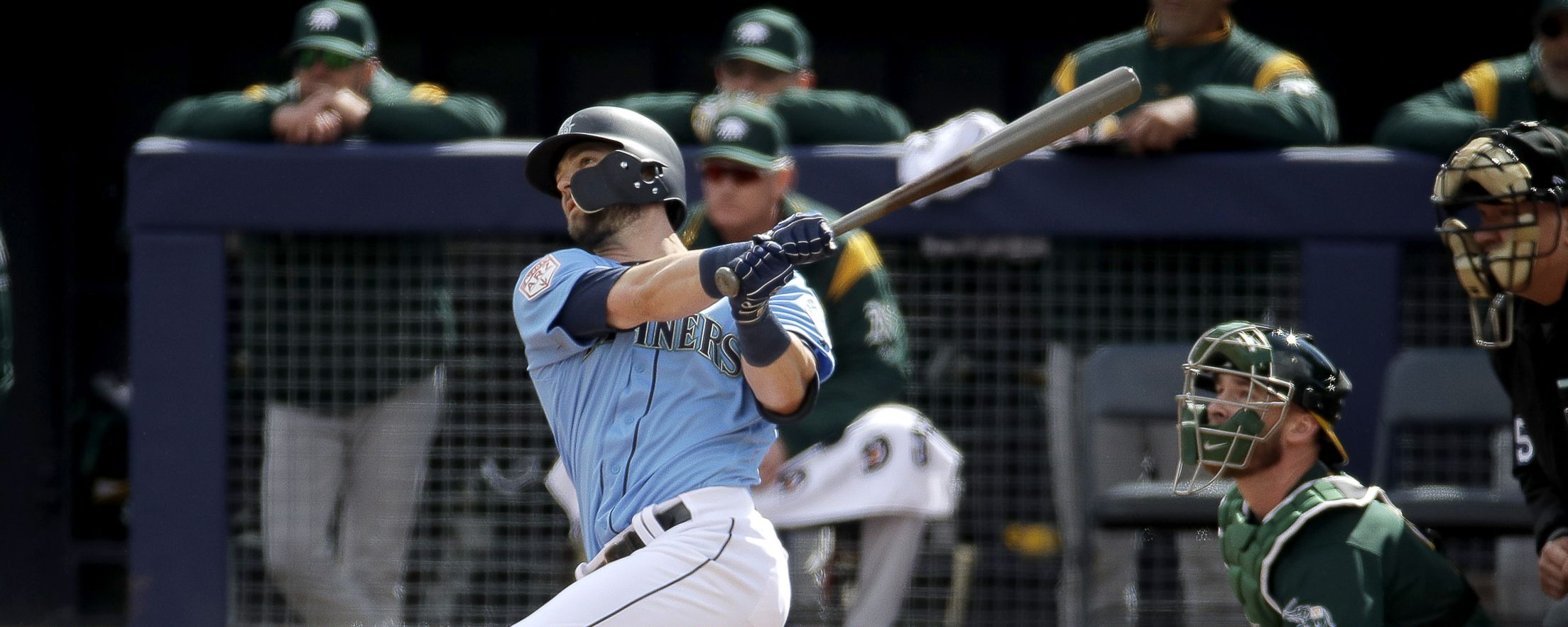 Haniger_Mitch_batting_20190222