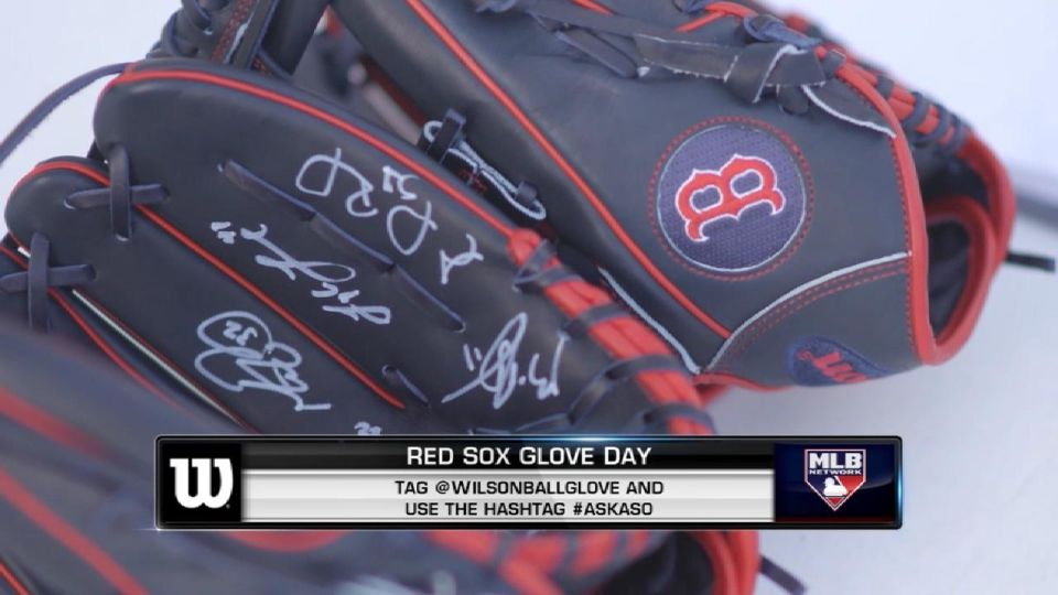 Red Sox get their 2019 gloves