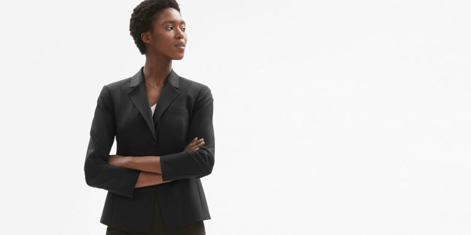 Interview Outfits for Lawyers  13 Tips for Nailing It  ad3fafa94