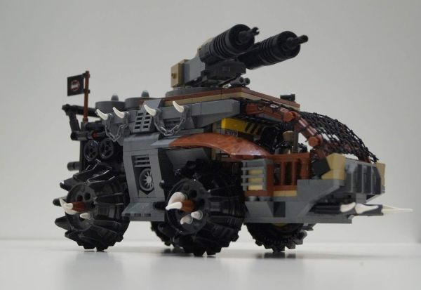 Post-apocalyptic riders - by legomfr