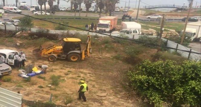 İsrail, Filistinlilere ait mezarları yıkıyor