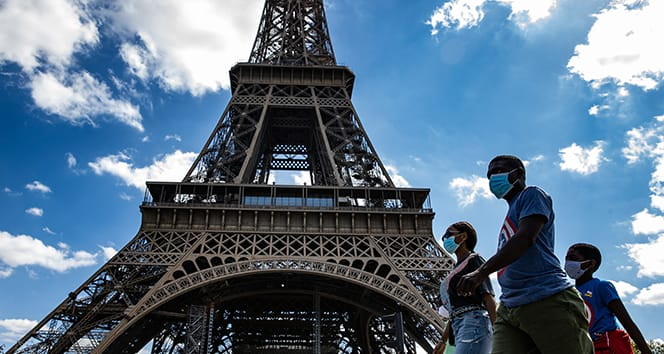 Fransa'da Nisan ayından bu yana en yüksek Covid-19 vaka sayısı