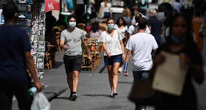 Fransa'da son 24 saatte 7 bin 379 yeni vaka tespit edildi