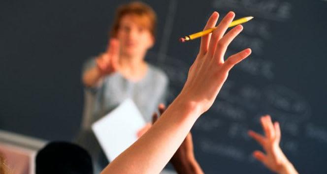 Öğretmenler öğrencileri ile nasıl sağlıklı iletişim kurmalı