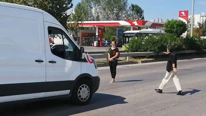 İzmit'te bebeğini kaybeden kadın ölüme atladı! Son anda böyle kurtarıldı