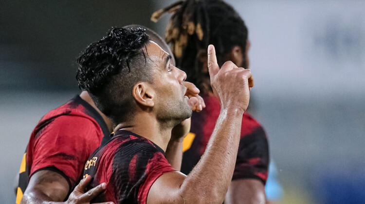 Galatasaray transfer haberleri   Falcao'ya karşılık para artı yıldız oyuncu…