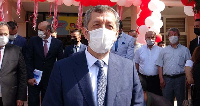 Milli Eğitim Bakanı Ziya Selçuk: 'Bizim görevimiz okulları açmak'