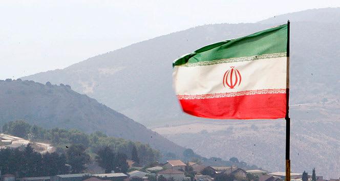 İran'da öğrencilerin okula gitme zorunluluğu kaldırıldı