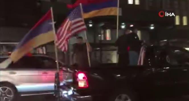 Ateşkese uymayıp sivilleri vuran Ermenistan için New York'ta destek gösterisi