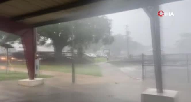 ABD'de Delta Kasırgası'nda 690 bin ev elektriksiz kaldı