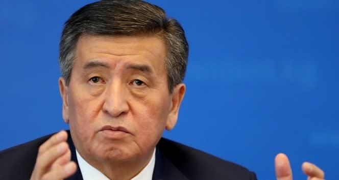 Kırgızistan Cumhurbaşkanı Sooronbay Ceenbekov istifa etti