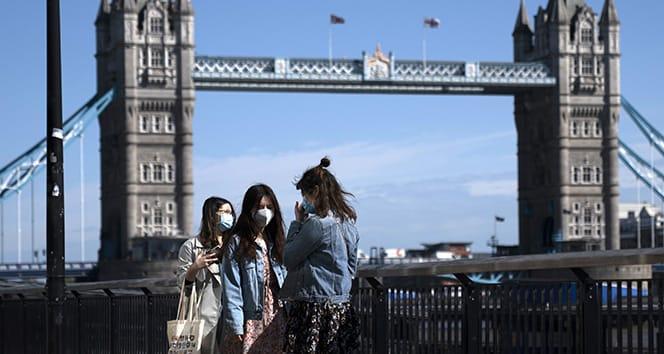 Londra için yeni korona kuralları açıklandı
