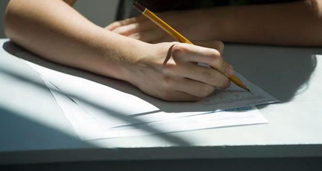 Bahçeşehir Kolejinden 8. ve 12. derslik öğrencilerine düzey tespit imtihanı