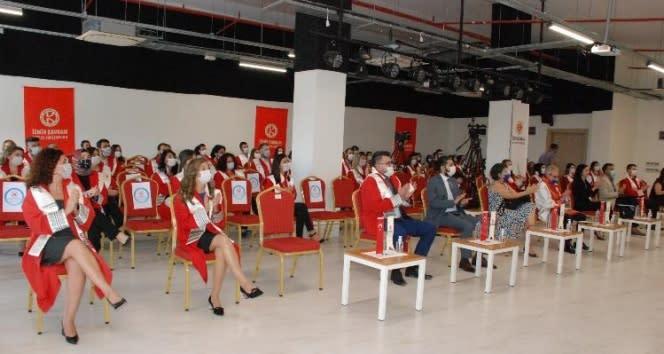 İzmir Kavram Meslek Yüksekokulu bilimsel nitelikli yılı açıldı