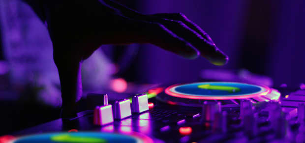 Touch DJ A Sencha Touch DJ App