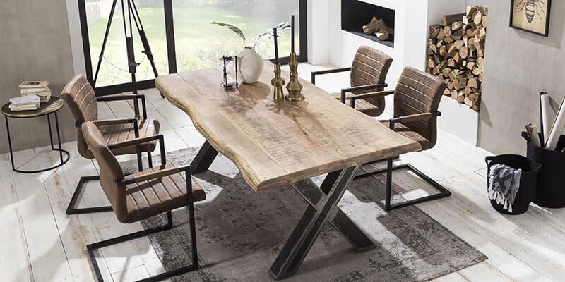 Baumkanten Sitzgruppe Vomano aus Mangobaum massiv und Braun Kunstleder (pharao24.de)
