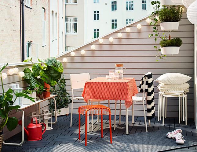 Was den Balkon wohnlicher macht: unsere Top 5
