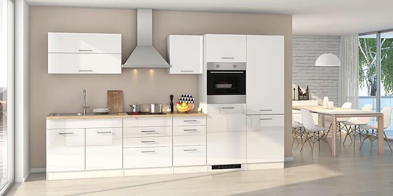 Hochglänzender Küchenblock Piemonta in Weiß mit Elektrogeräten (pharao24.de)