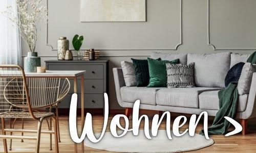 Modernes graues Wohnzimmer