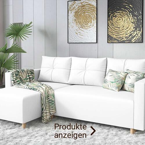 weißes Sofa im Ibiza-Look mit bunten Kissen