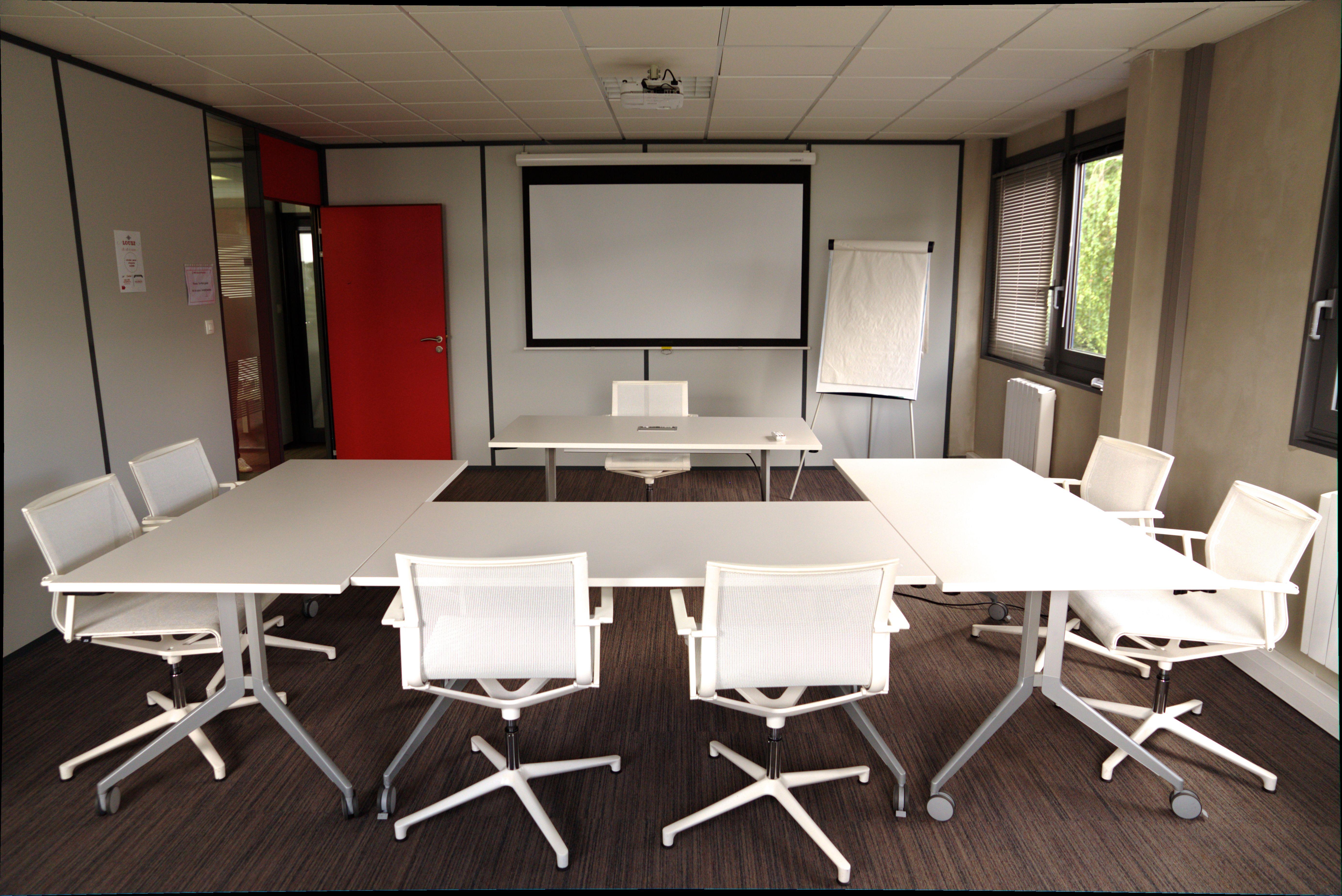 salle de réunion pour 19 personnes à Wasquehal
