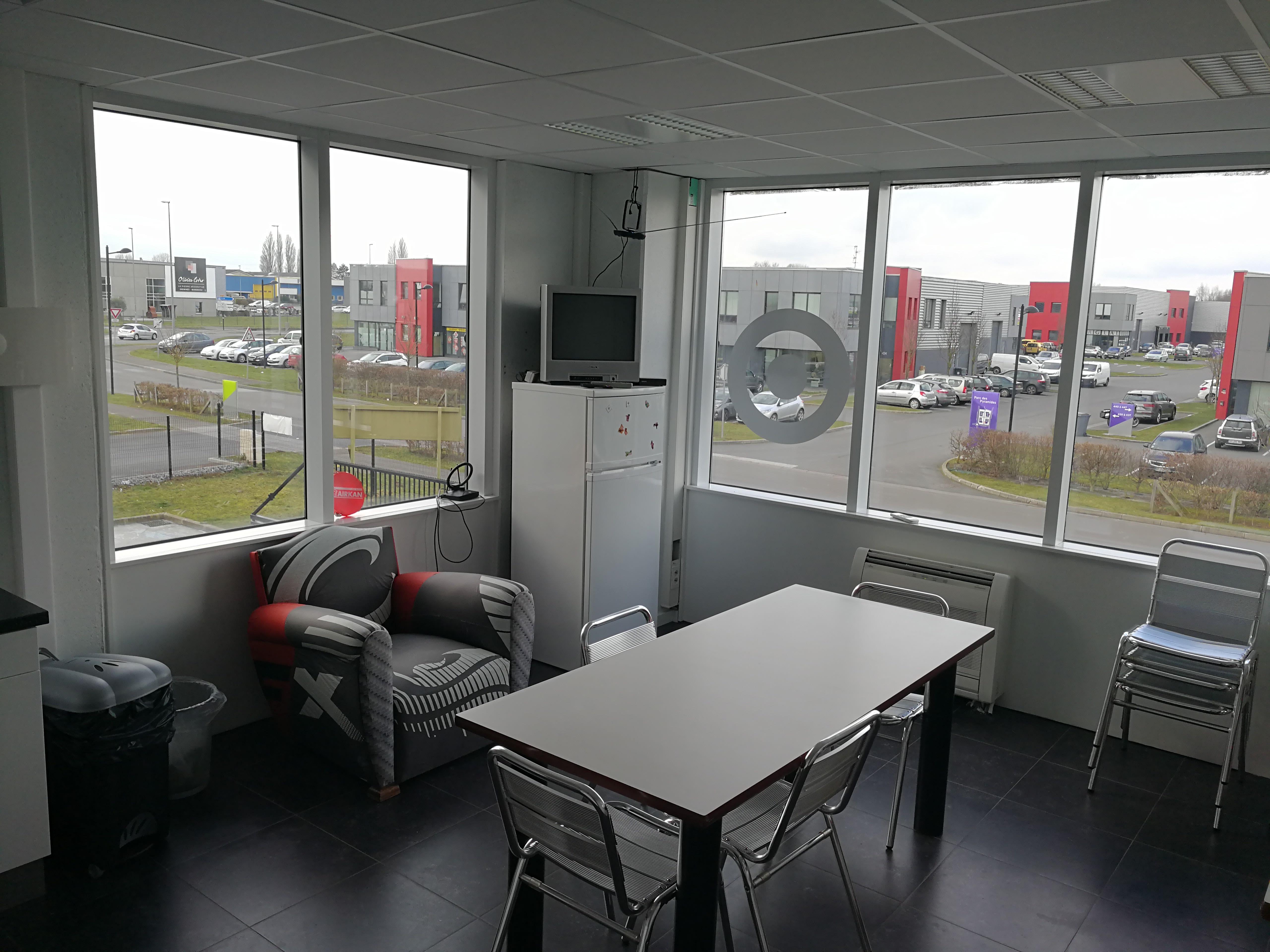 salle de réunion pour 4 personnes à Hallennes-lez-Haubourdin