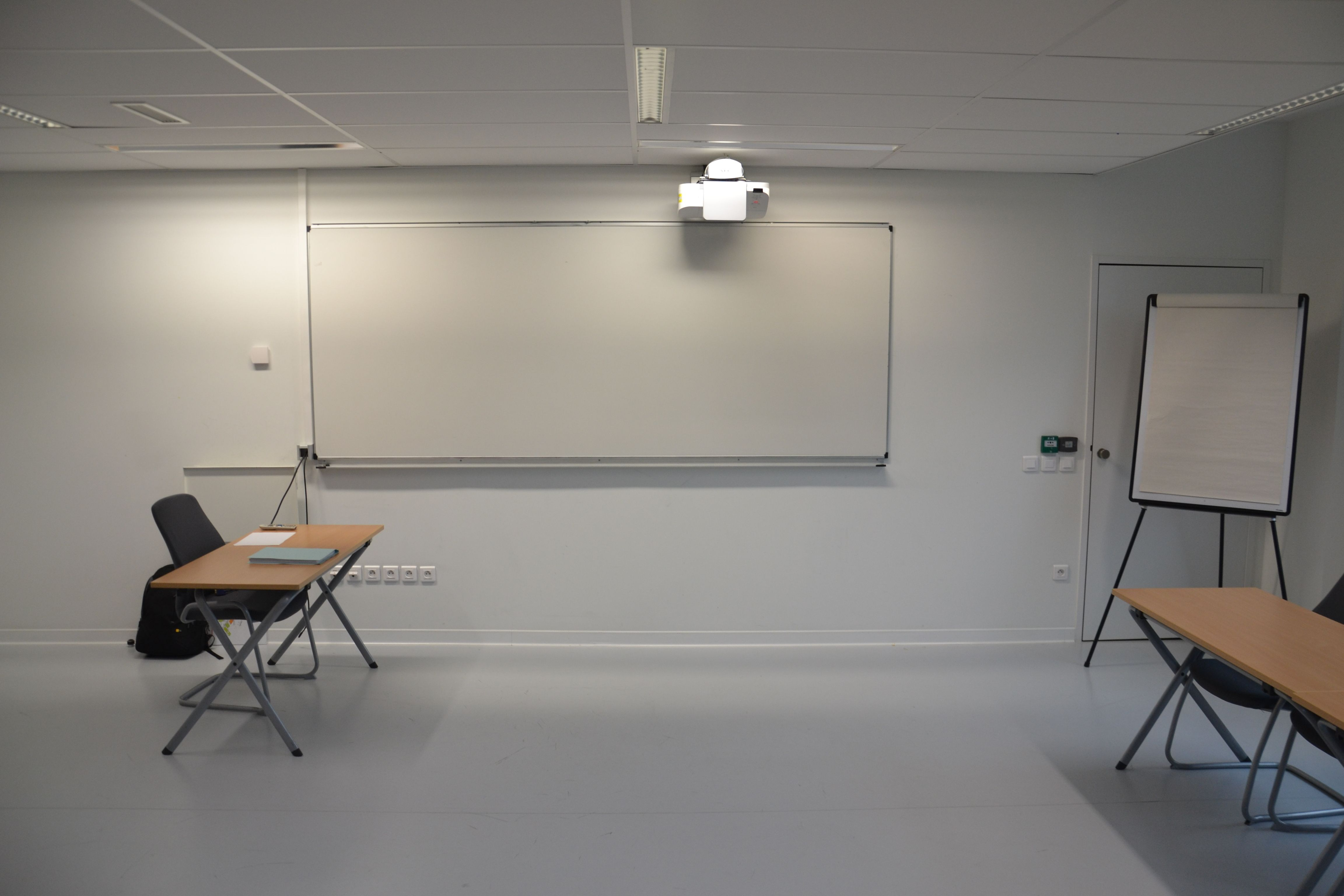 salle de réunion pour 14 personnes à LOMME