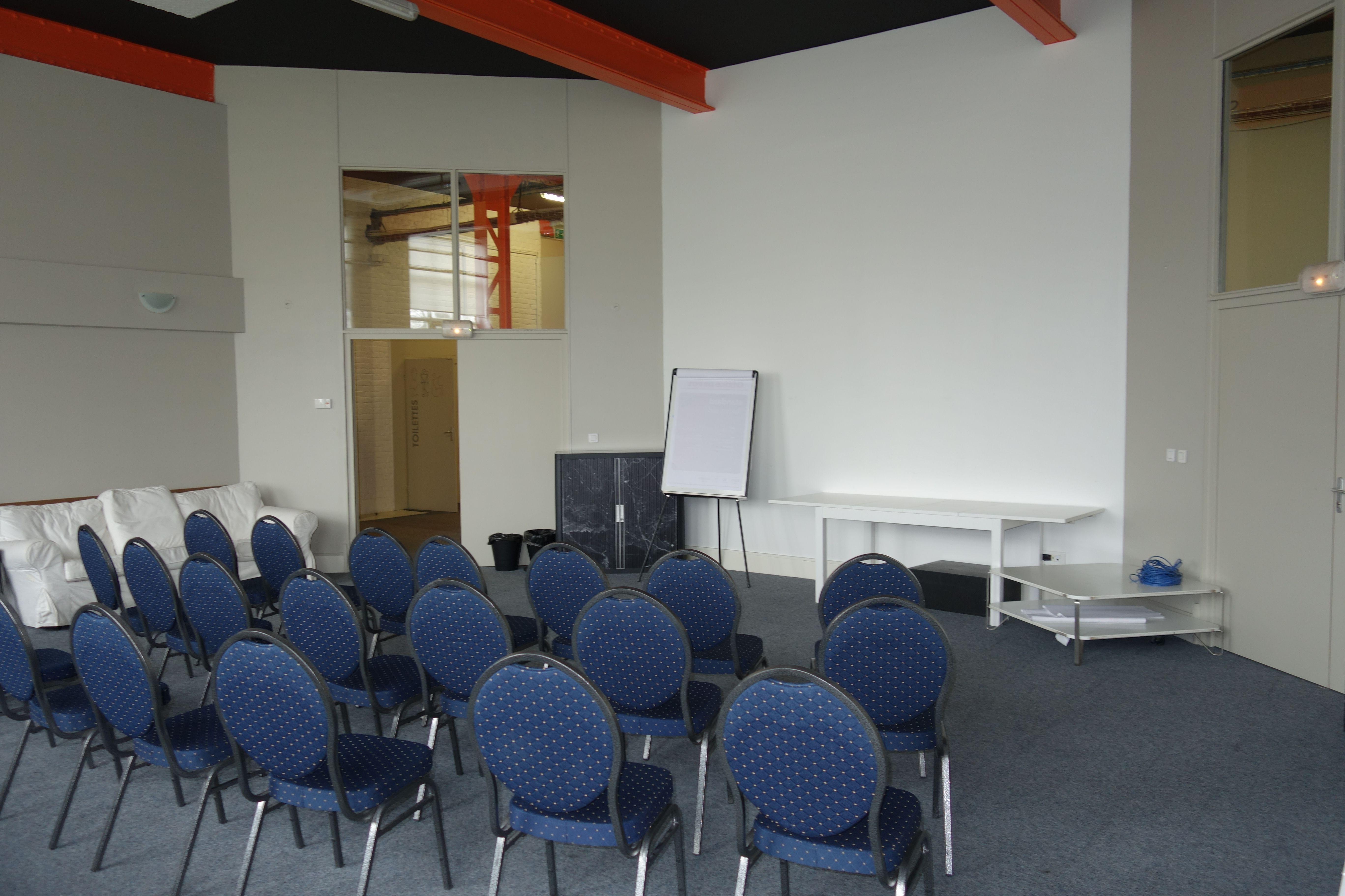salle de réunion pour 65 personnes à La Madeleine