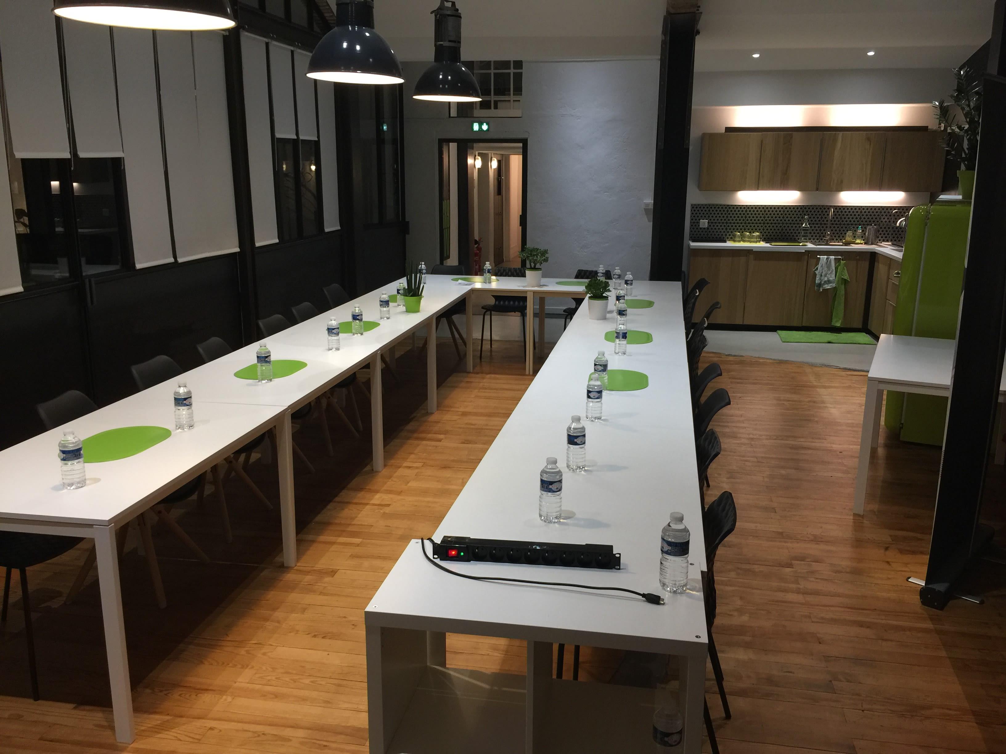 salle de réunion pour 22 personnes à Toulouse