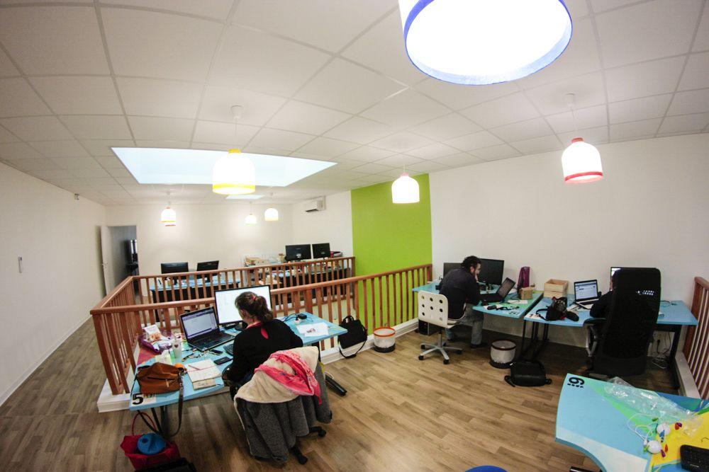 espace partagé d'une capacité de 10 personnes à Bourg