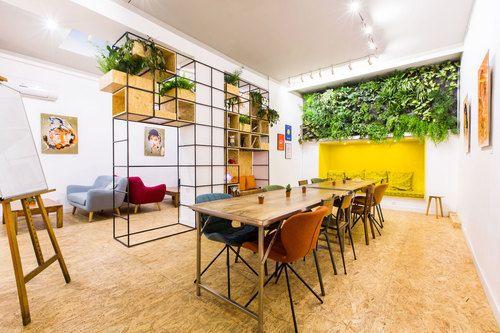 espace partagé d'une capacité de 10 personnes à Lyon