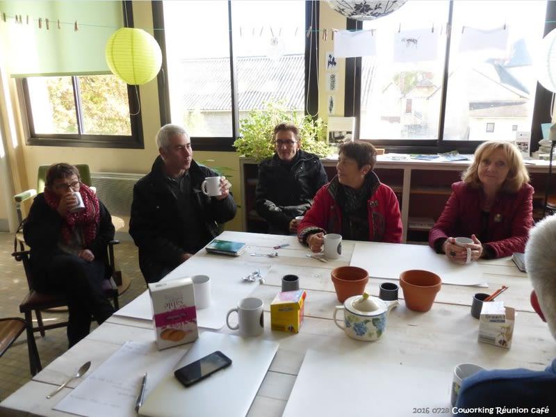 espace partagé d'une capacité de 10 personnes à Asnières-sur-Vègre