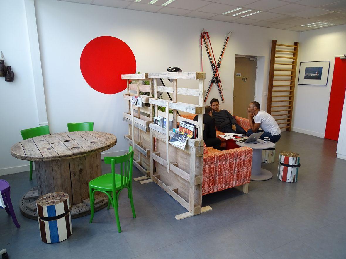 espace partagé d'une capacité de 10 personnes à Clichy
